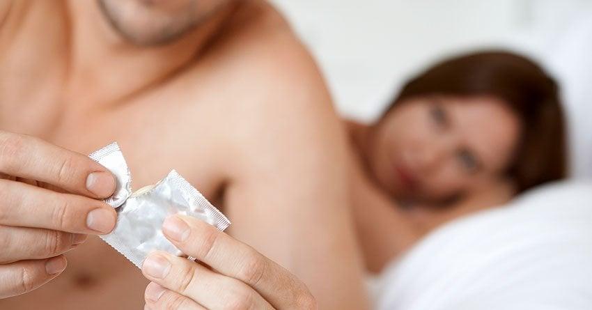 condom couple